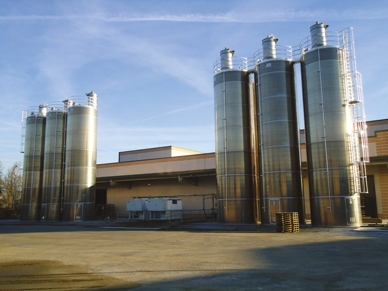 POWDER STORAGE SILOS -