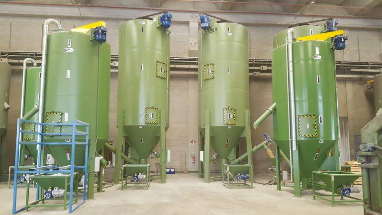 MESCOLATORE INOX DA 40000 L - MESCOLATORI VERTICALI A COCLEA